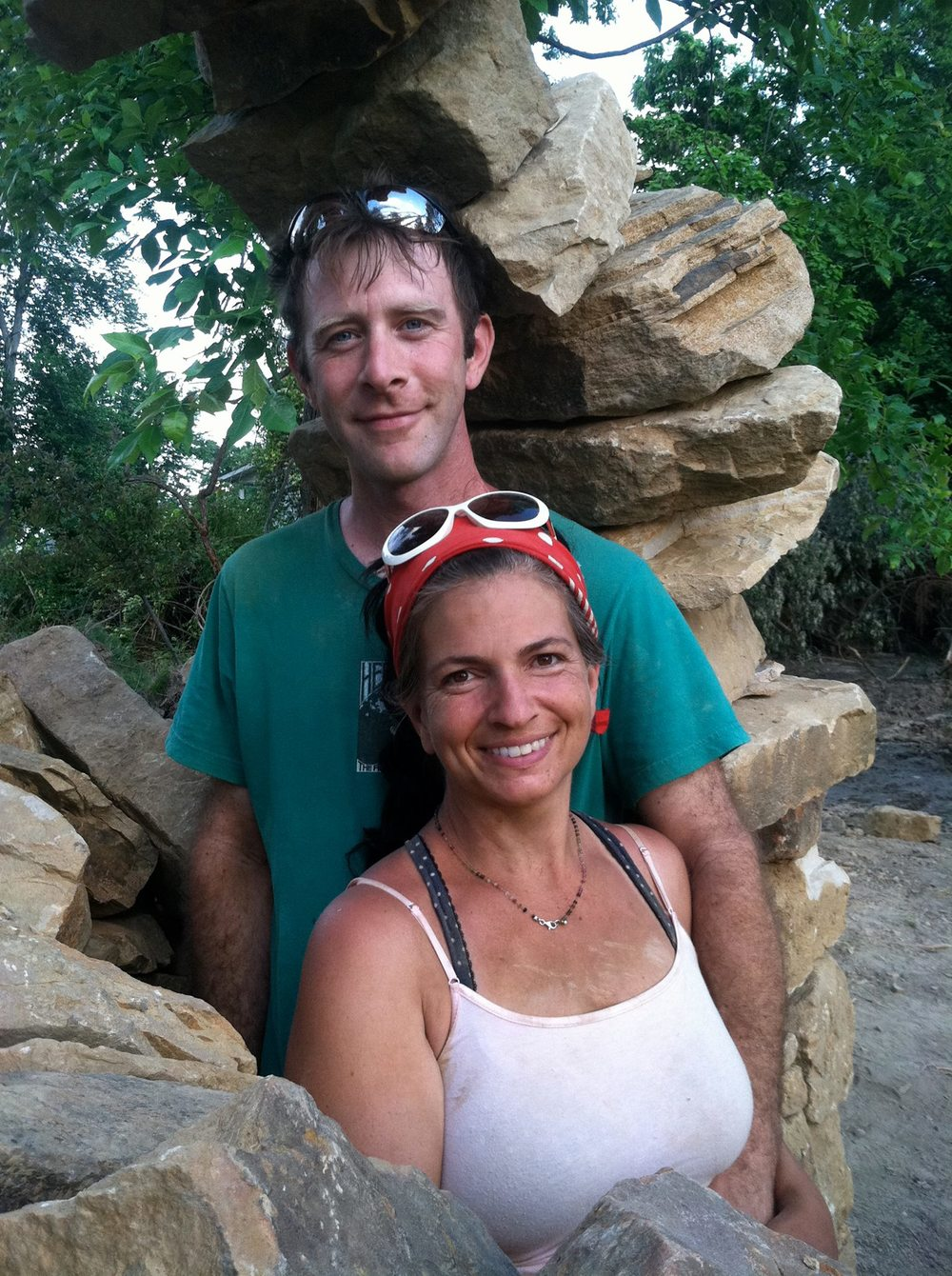Thea and Mike, after having completed the Infinity Arch. Image credit goes to Diana Tigerlily and Greg Reid. Copyright  Mandala Gardens .