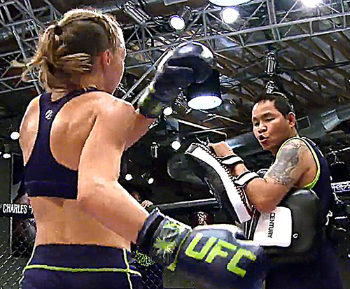 "Jongsanan ""Woodenman"" training Rose Namajunas on Season 20 of The Ultimate Fighter."