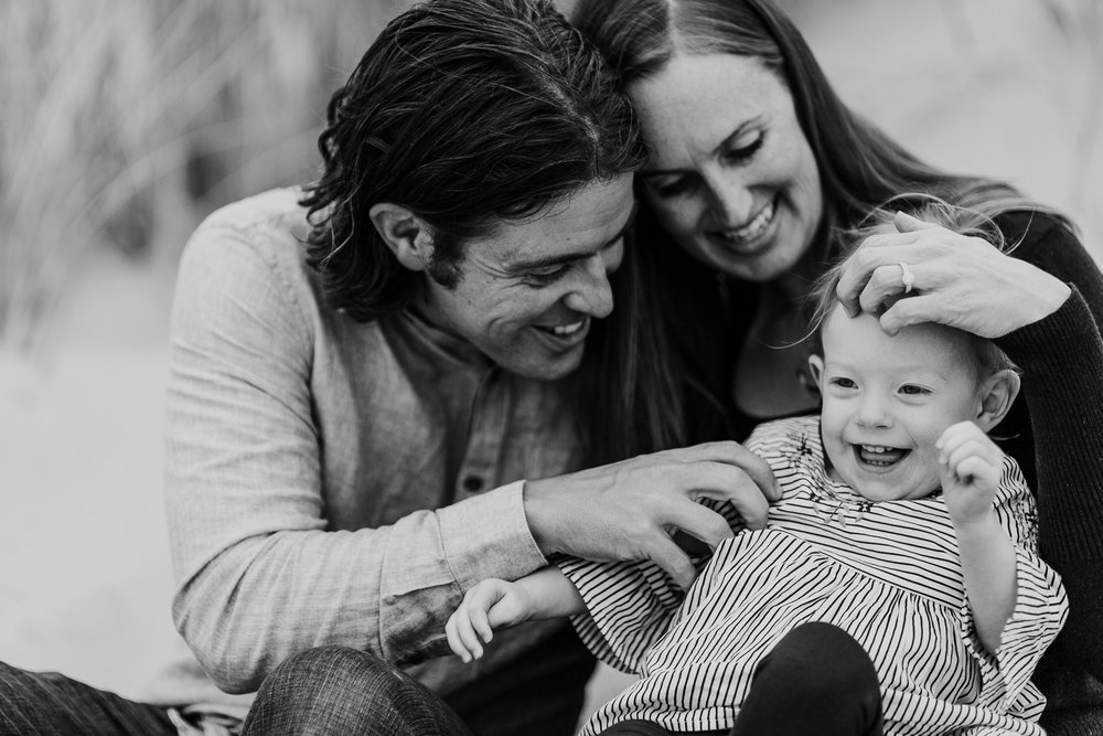 Nehalem Bay State Park family session Oregon photographer (35).jpg