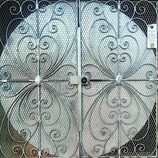 greygatedoor.jpg