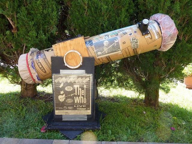 telescope+bob.jpg