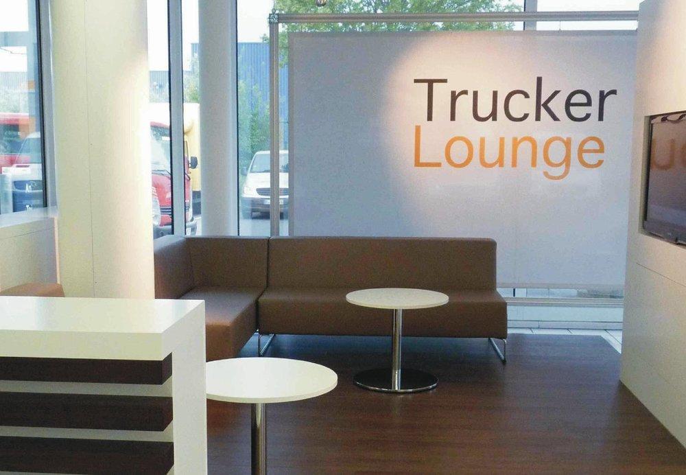 01_Trucker Lounge.jpg