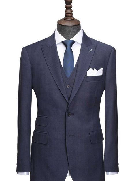 The navy glenplaid suit at Institchu.JPG