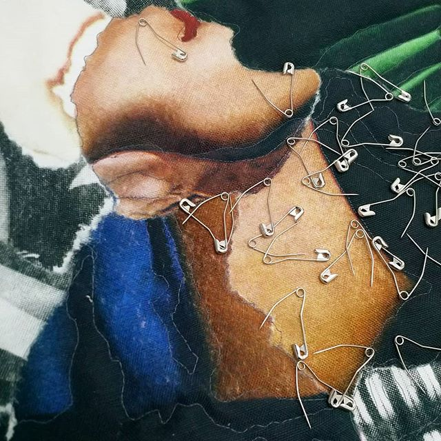 🏹 Piecing, pinning, stitching.... ✂️📍🕳️ . . . . . #ehryntorrell #wip #workinprogress #contemporaryart #collage #composite #fashionphotography #BritishVogue #thenewvogue #textiles #fibreart #linen #quilting #quiltingpins #sharp #pinning #stitch #stitching #piecing #feminism #femalevoices