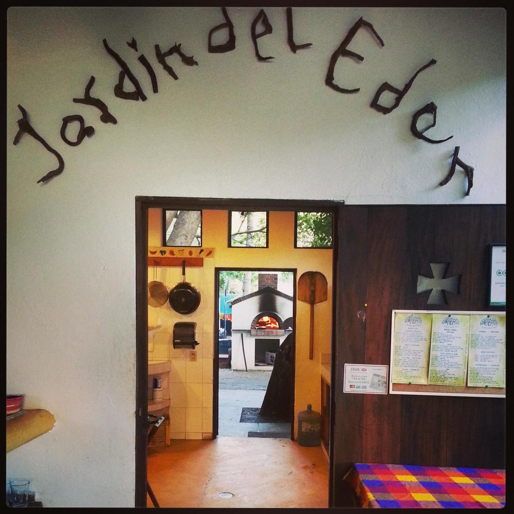 El Jardin Del Eden Restaurant