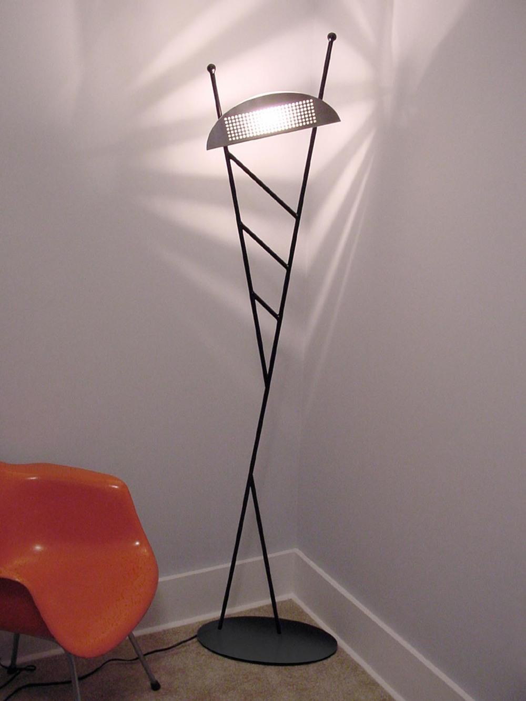 jetson II floor lamp.jpg