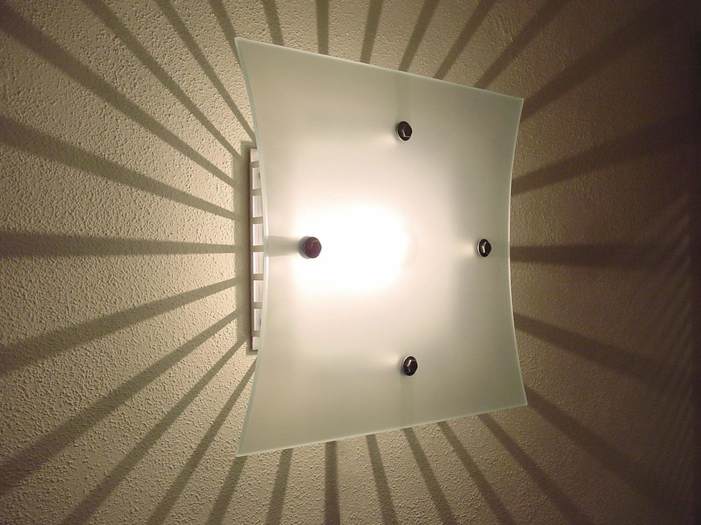 wall-burst lamp.jpg
