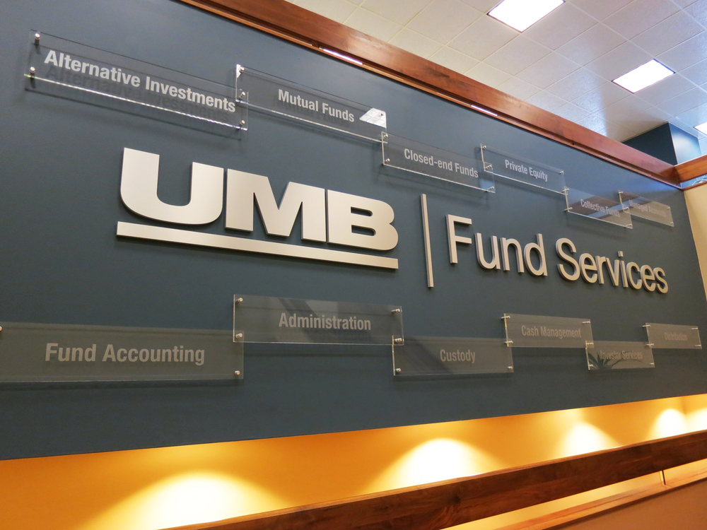 umb-stairwell sign.JPG