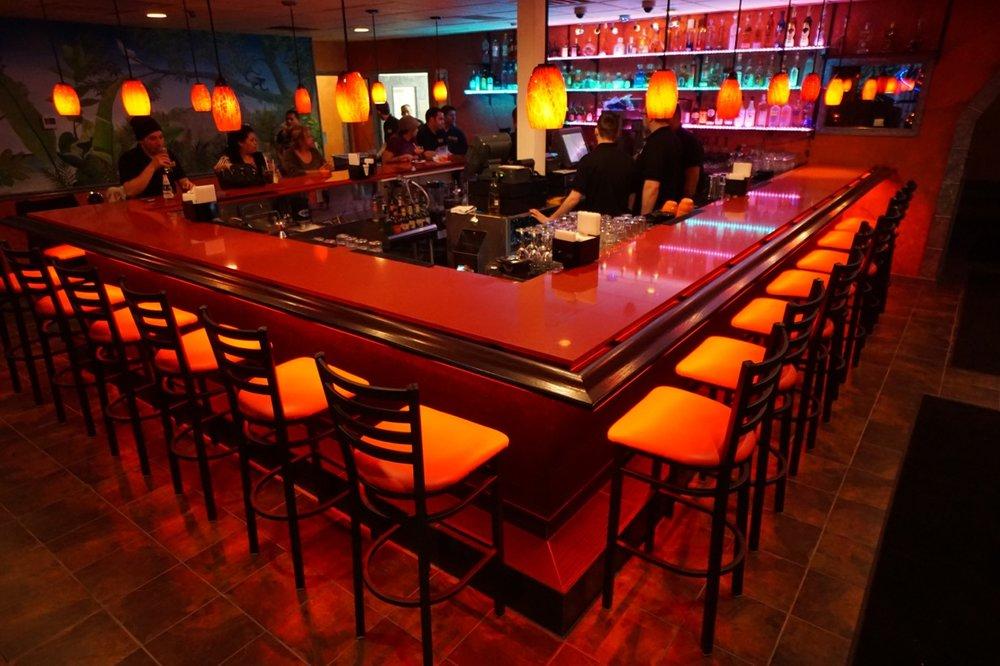 botanasII-cocktail-bar.jpeg