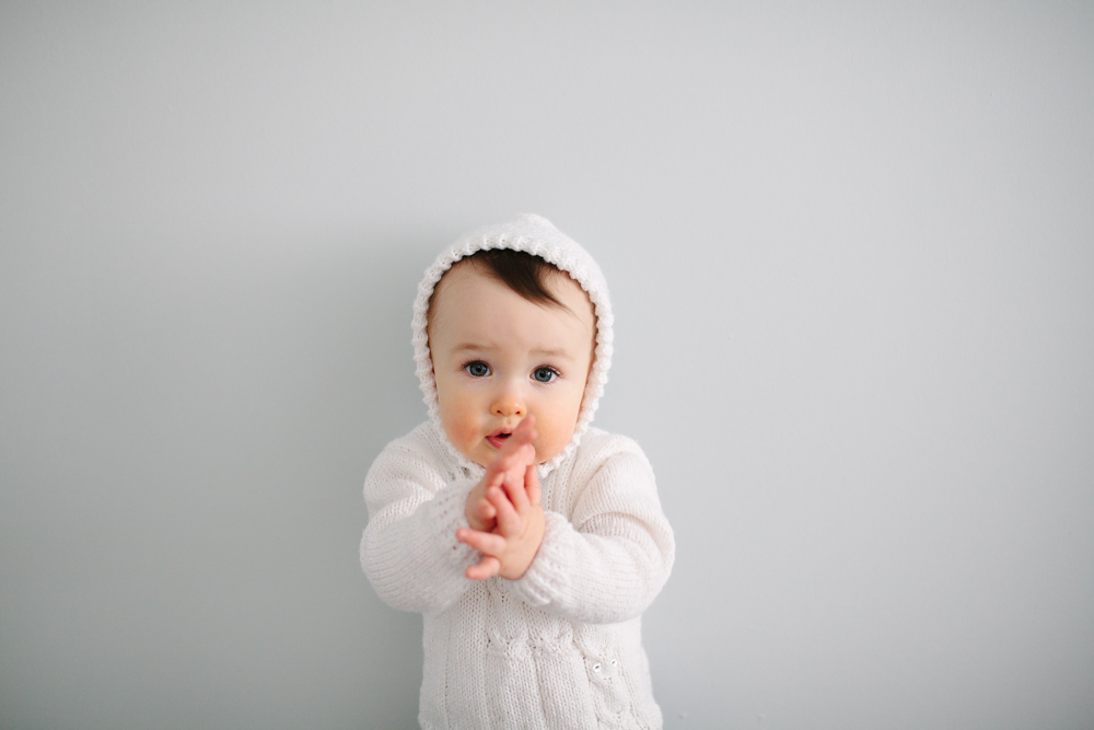 finley_baby_photos_white_sweater_9195.jpg