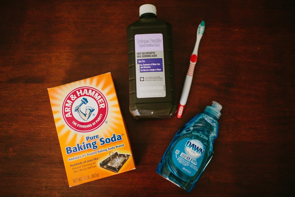 diy_stain_remover_pinterest_blue_dawn_hydrogen_peroxide_baking_soda