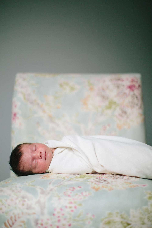 Tunkhannock_PA_Natural_Light_Newborn_Photographer_2988.jpg