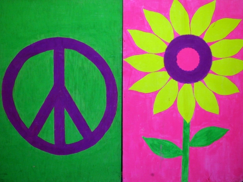 Peace Flats:  approx 6' high and 4' wide, blacklight sensitive
