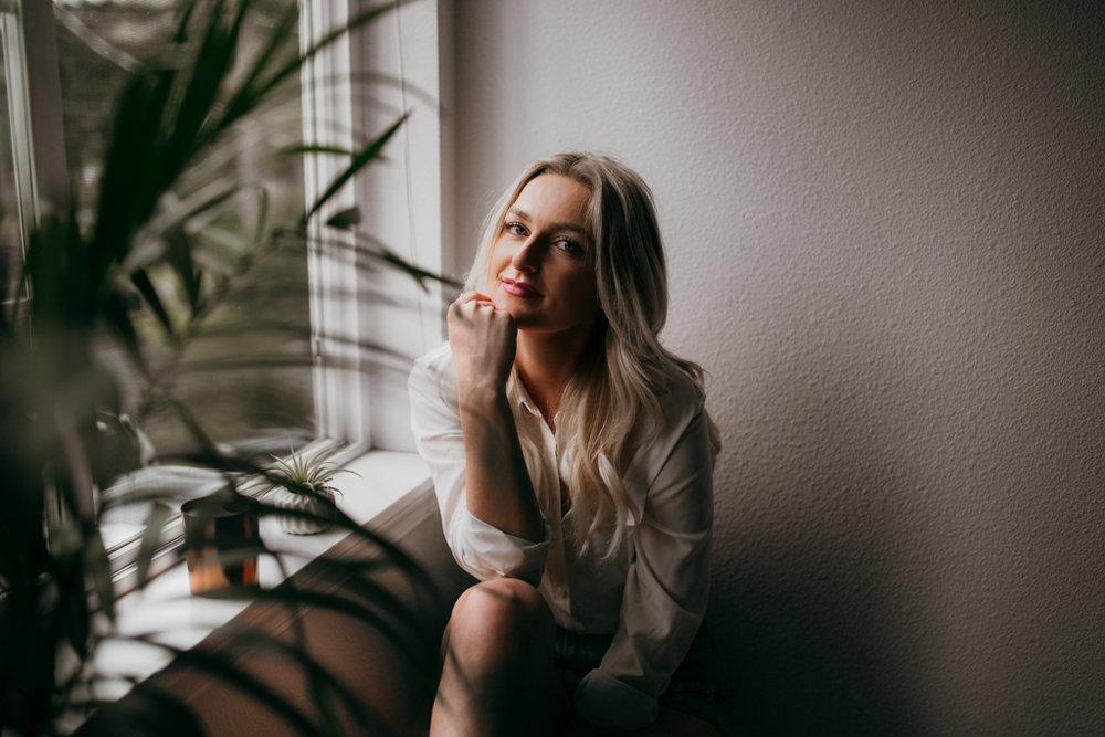HannahArtistPortraitsSpring2017-65.jpg