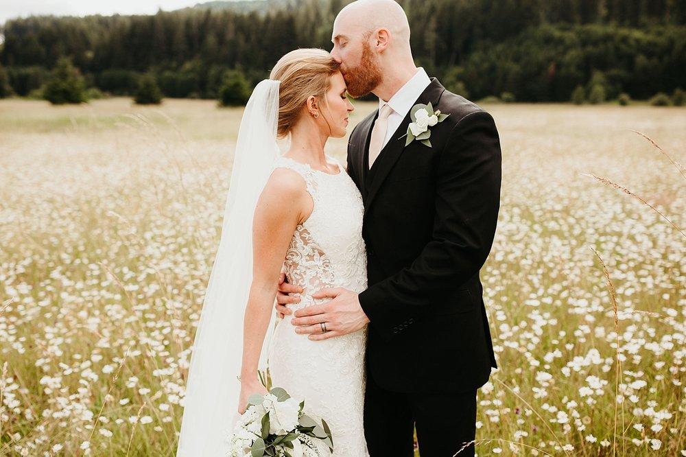 Willapa-Hills-Farm-wedding_0034.jpg