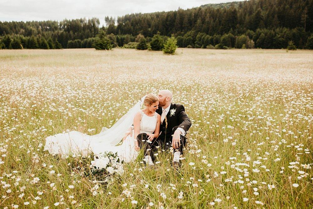 Willapa-Hills-Farm-wedding_0037.jpg