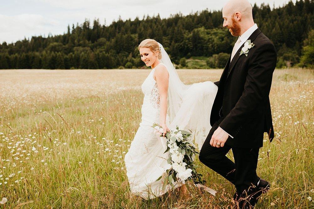 Willapa-Hills-Farm-wedding_0049.jpg