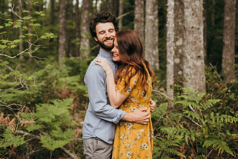Tiny-Home-Engagement-Session_0017.jpg