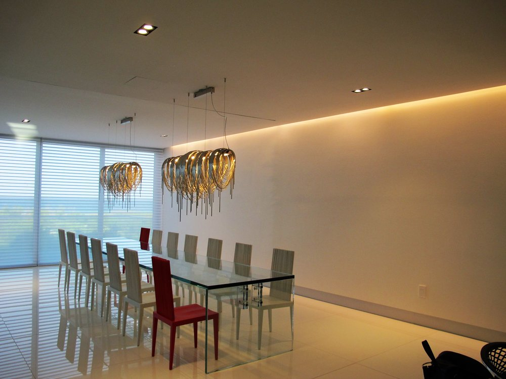 COVE LED LINEAR LIGHTING - CHANDELIER WITH LED LIGHTING