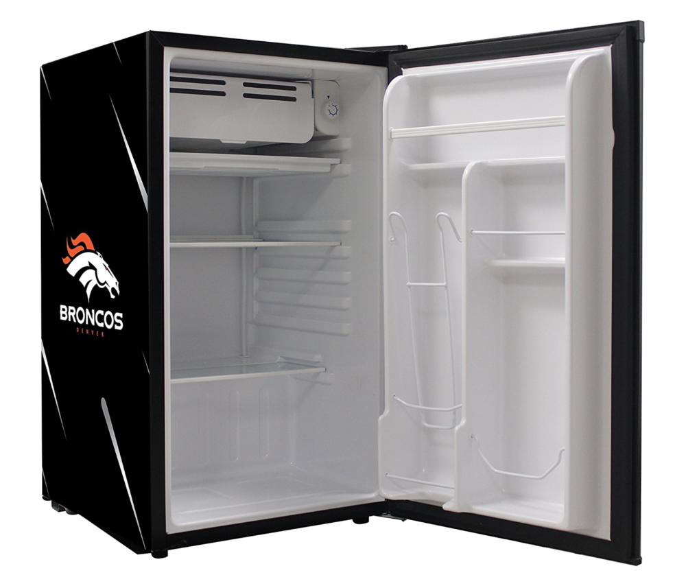 Glaros Mini fridge open door