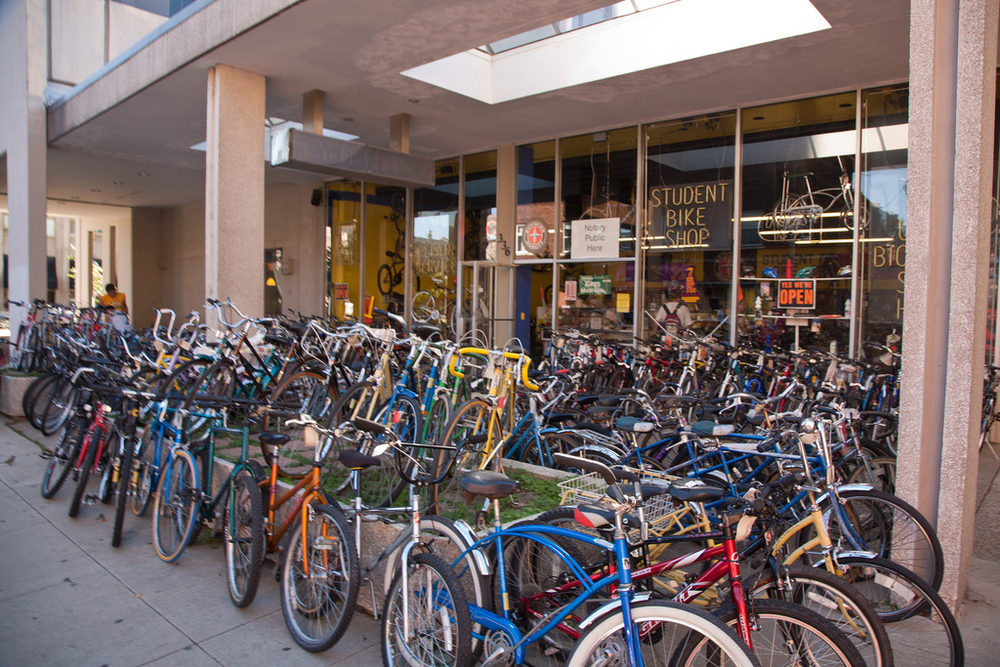 Student Bike Shop in Ann Arbor, Photo Credit: Andy Piper on Flickr