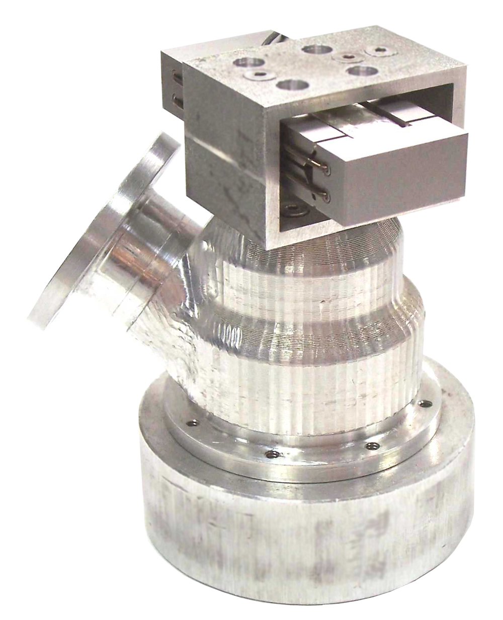 PZT actuator integrated into cryogenic valve
