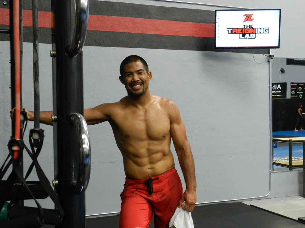 With help from the Treigning Lab, Mark Munoz, UFC middle weight contender gets ready to fight!