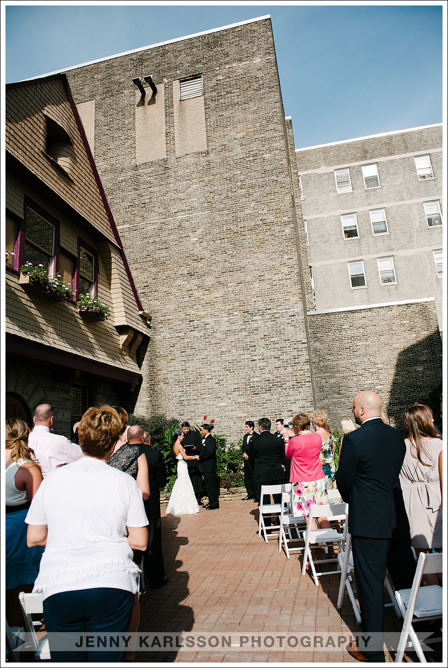 Inn on the Mexican War Streets Wedding
