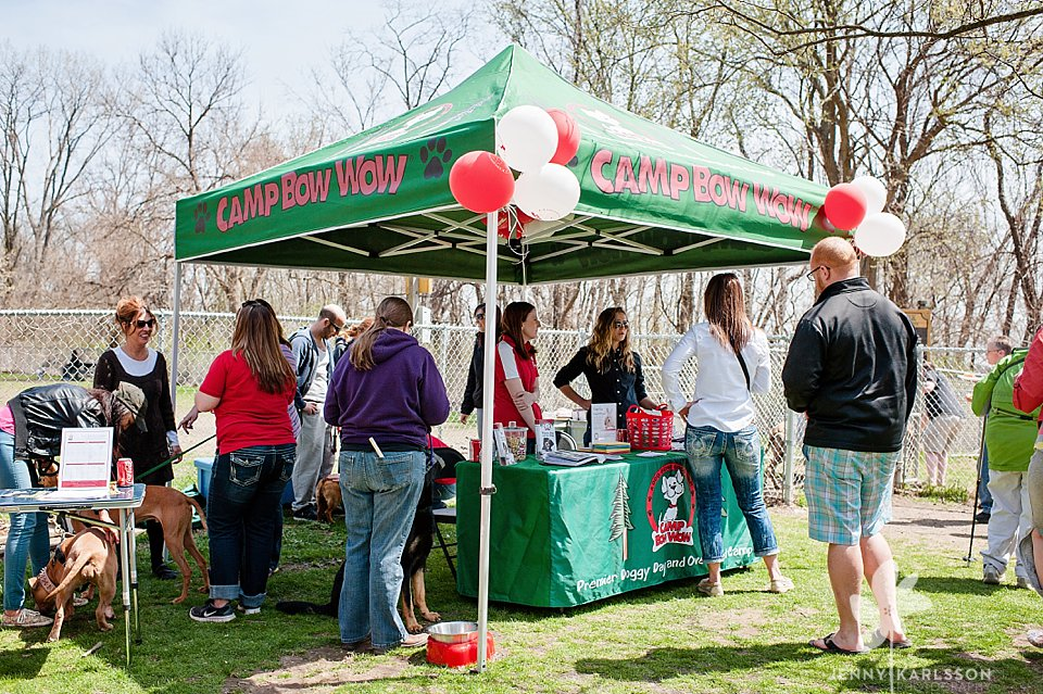 camp bow wow egg hunt112