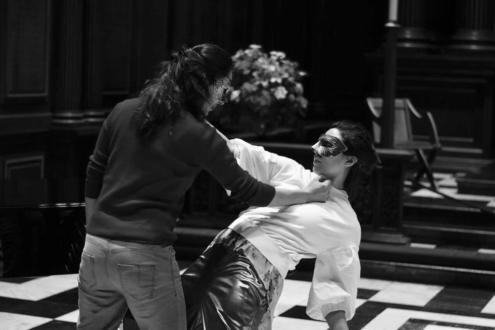 Sasha Amaya rehearsing action with mezzo-soprano Judith Lebiez