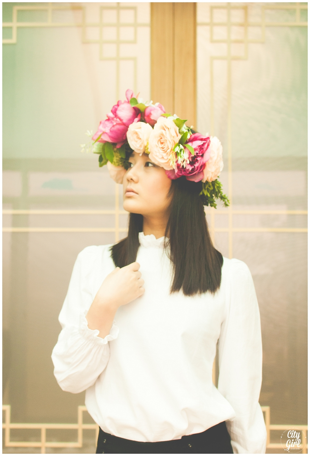 CityGirlSearchingKoreanFlowerCrownStyledShoot_0002.jpg