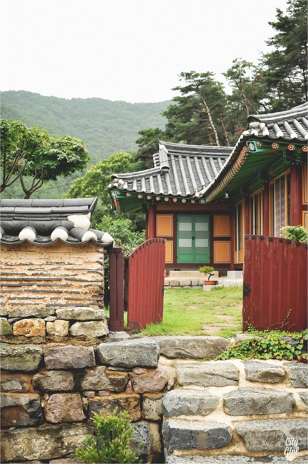 GaemsaTempleBuanSouthKorea_0016.jpg