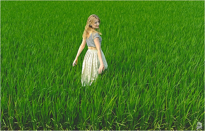 FashionPhotoShootHelenSouthKoreaBuanCityGirlSearching_0025.jpg
