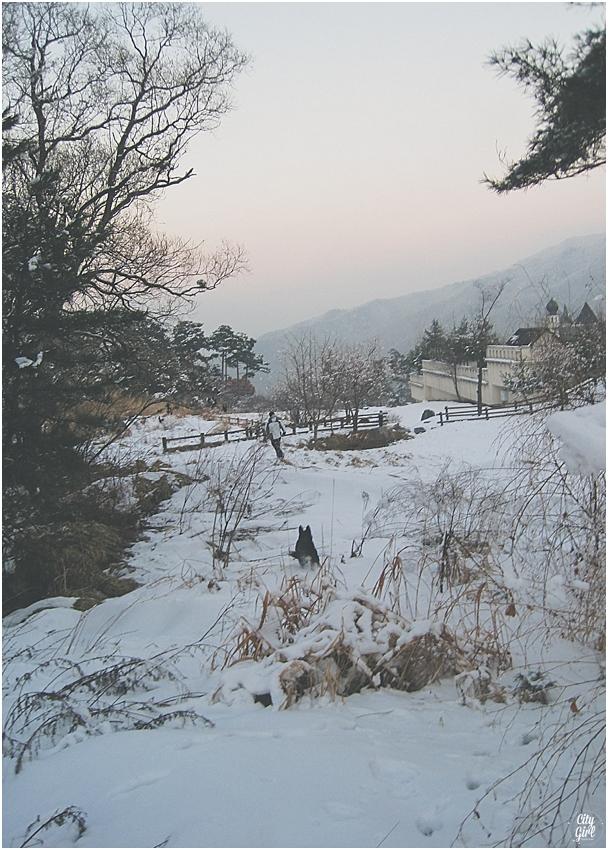 SkiingMujuSouthKoreaCampingInSnow_0007.jpg