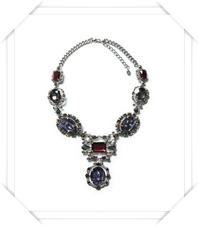 Zara  Rhinestone Necklace