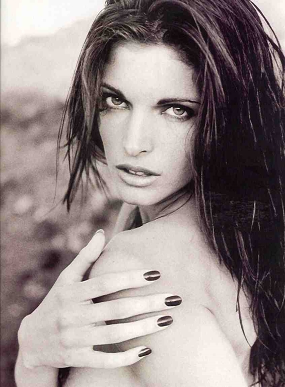 90s-model-stephanie-seymour.jpg