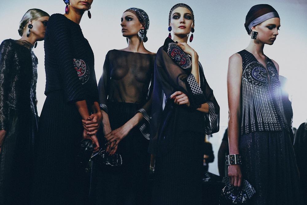 Paris-Haute-Couture-Spring-2014-Atelier-Armani-Prive-4.jpg