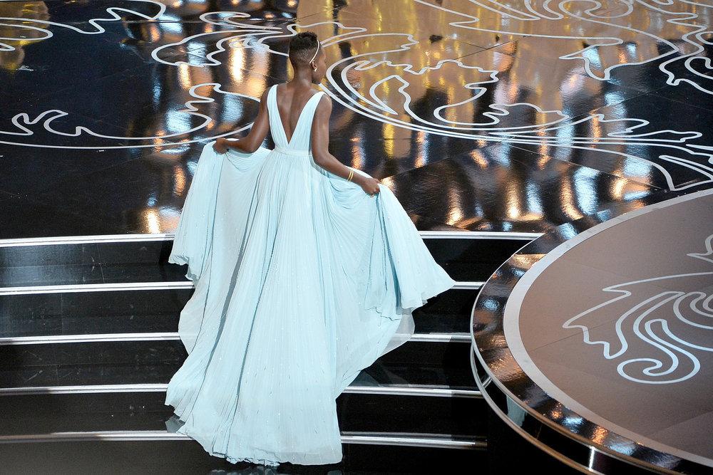Lupita-Nyongo-Prada-Dress-Oscars-2014.jpg