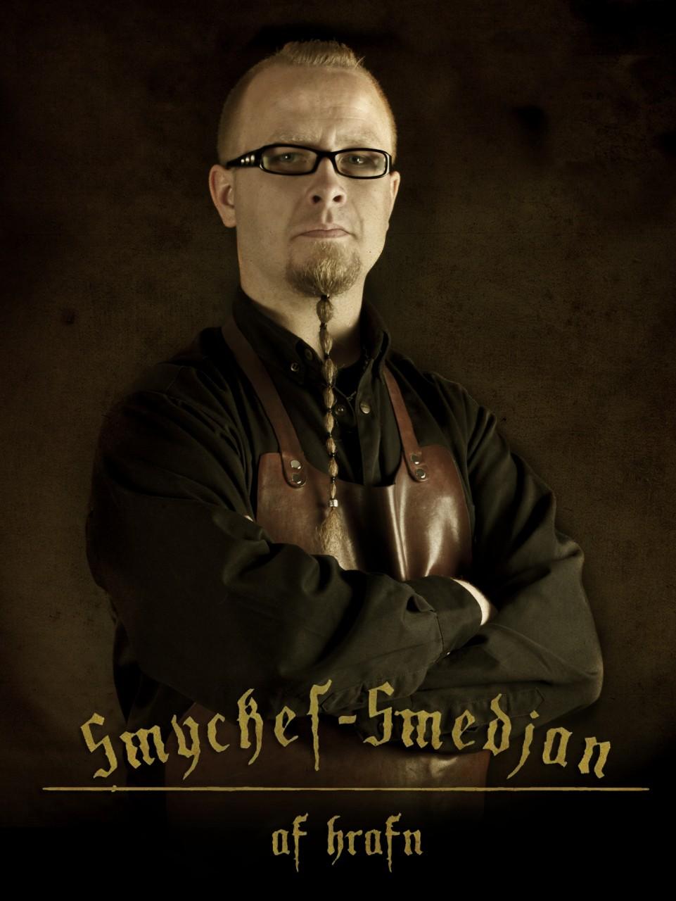 Mikeal hrafn Karlsson, Smyckes-Smedjan af hrafn