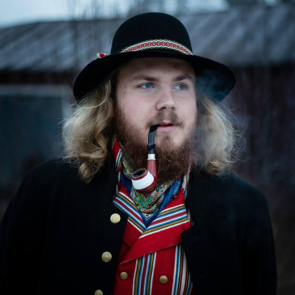 En av de fyra kläpparna, André Malmqvistfångade fotografPhilippe Rendu på bild under Midvinterglöd.
