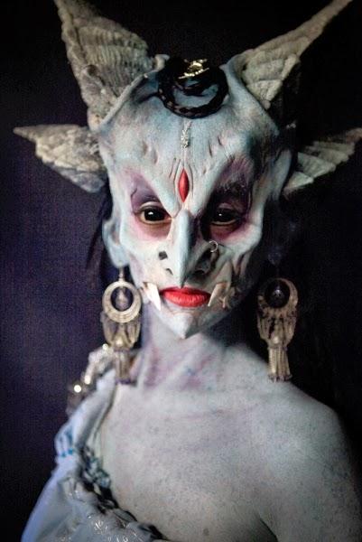 Inspiration från programmet Face Off där dom skapar fantasiväsen med masker, makeup, kostym och rekvisita.