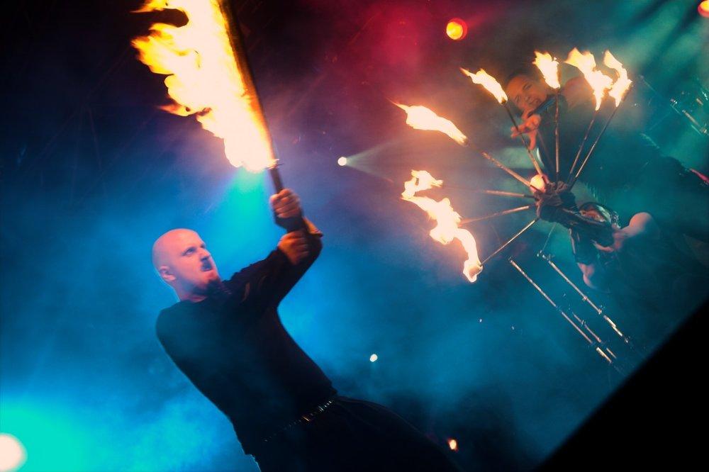 Midvinterglöd 2012 i Jättendal. Eldshow med EMP (Elemental Motion Performance)