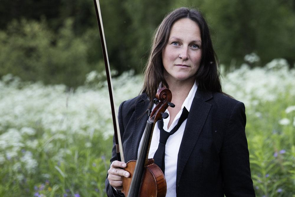 Emma Härdelin sjunger på Midvinterglöd 2012 - Efterglöd.