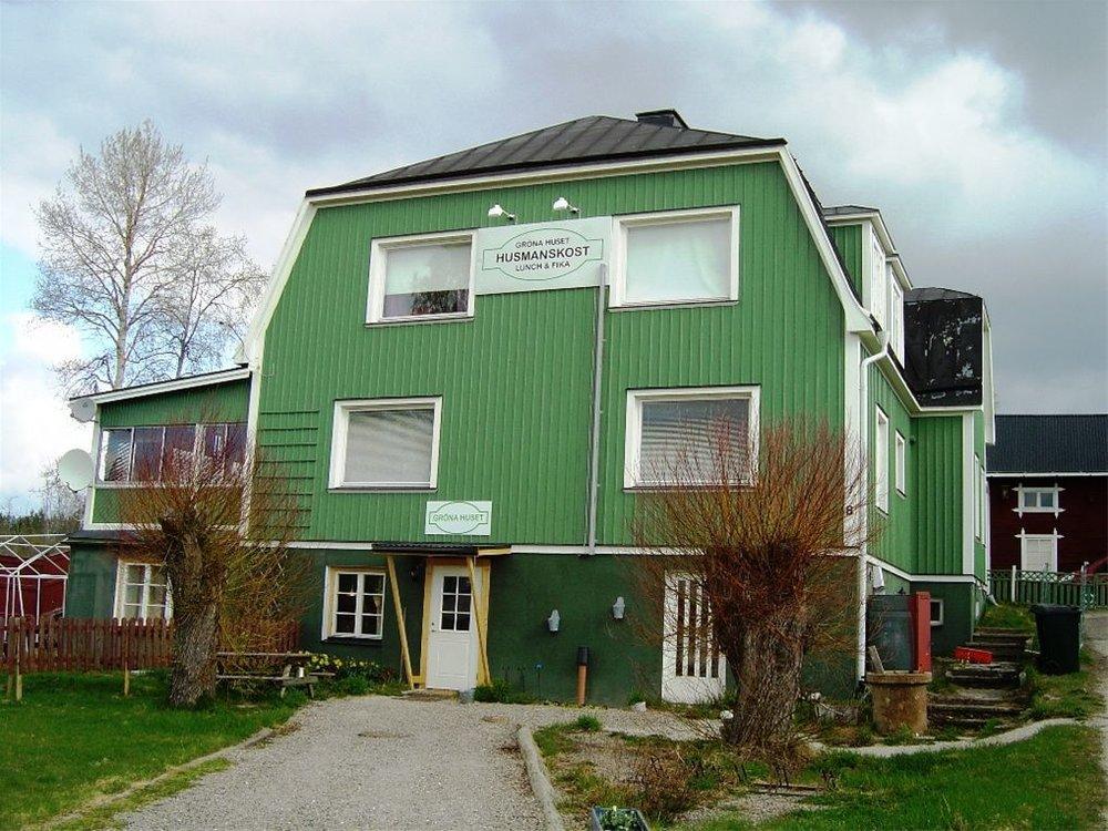 Karin Willing Gröna Huset – Charkuteri närvarar på Midvinterglöd 2012 i Jättendal.