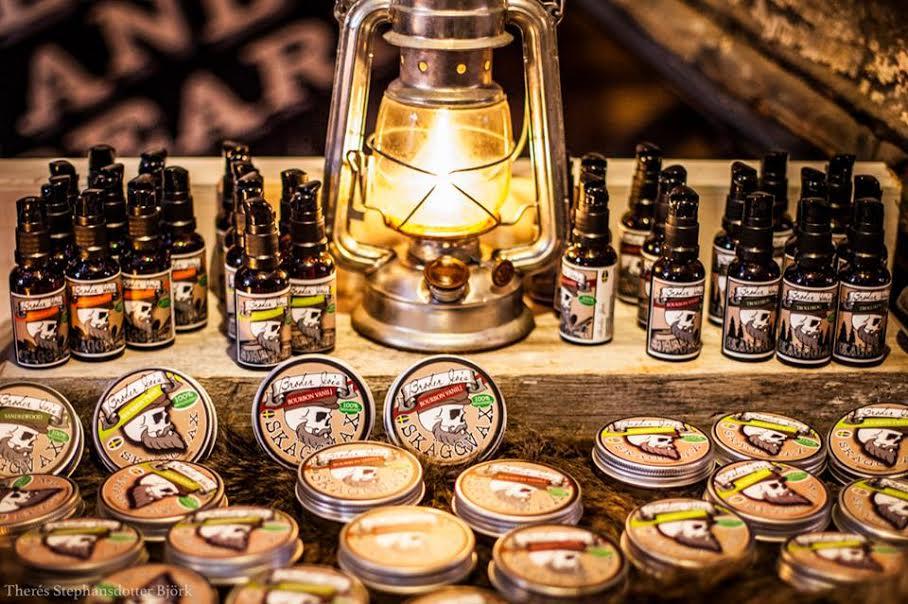 Broder Joes skäggprodukter finns med på Midvinterglöds julmarknad. Foto: Theres Stephansdotter Björk