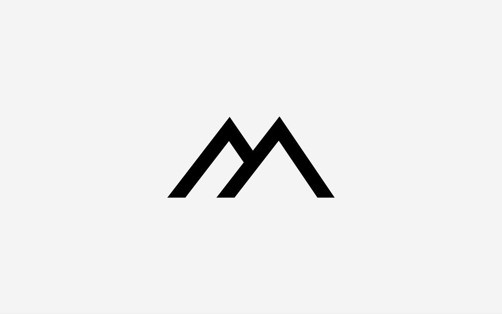Extrêmement Black Mountain - Création logotype | La Forge des Marques | Agence  OQ78