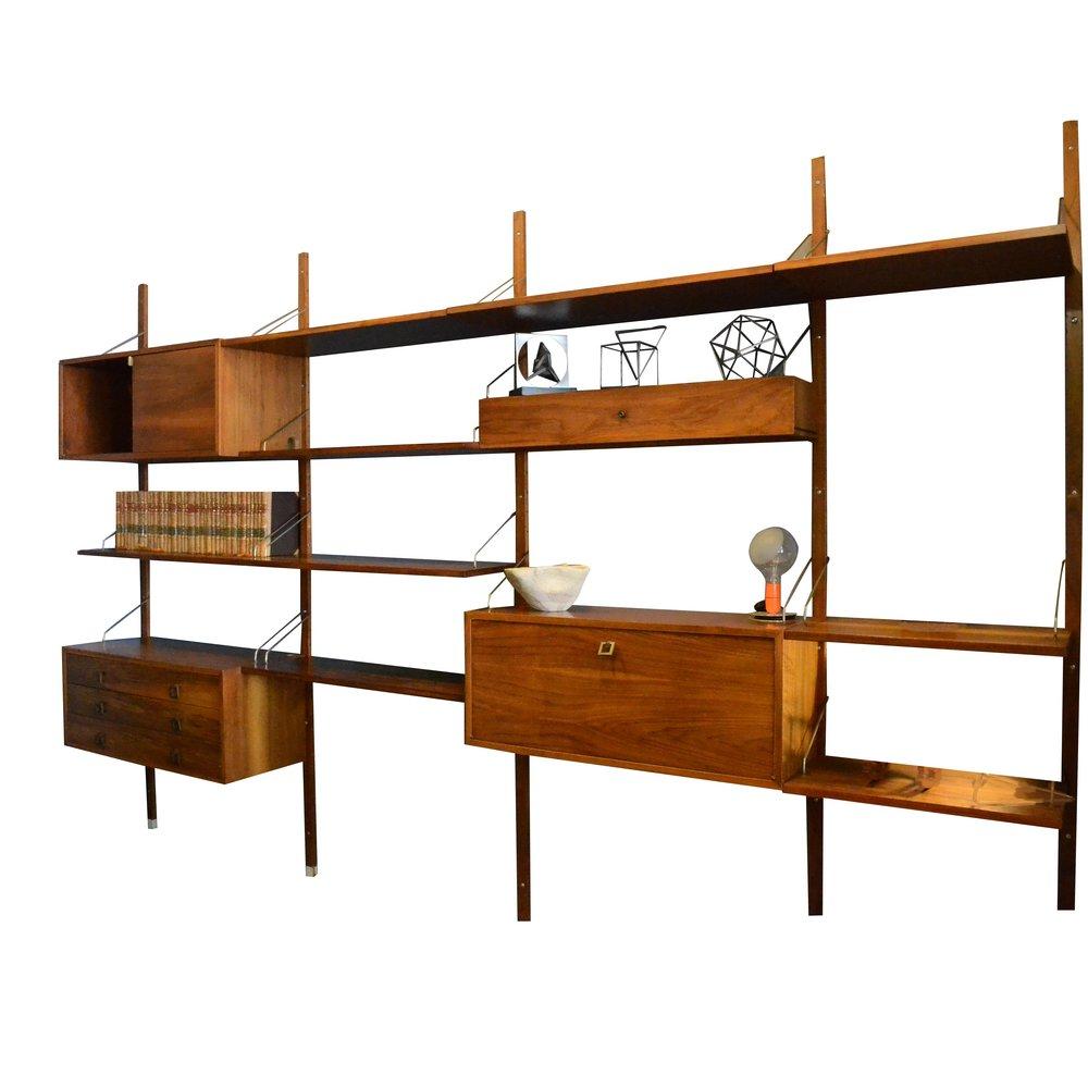 Modular de Paul Cadovius      Elaborado en madera