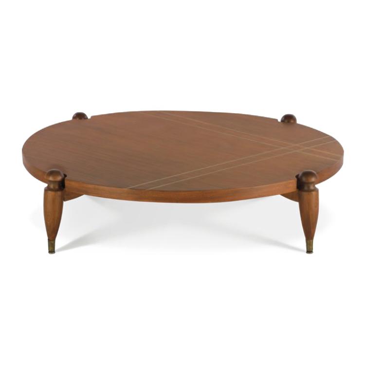 Mesa de centro de Eugenio Escudero.   Elaborada en madera con aplicaciones de bonce.