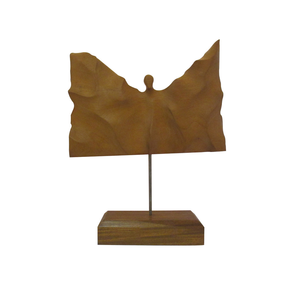 Escultura de F. San Martín. Elaborada en madera tallada.