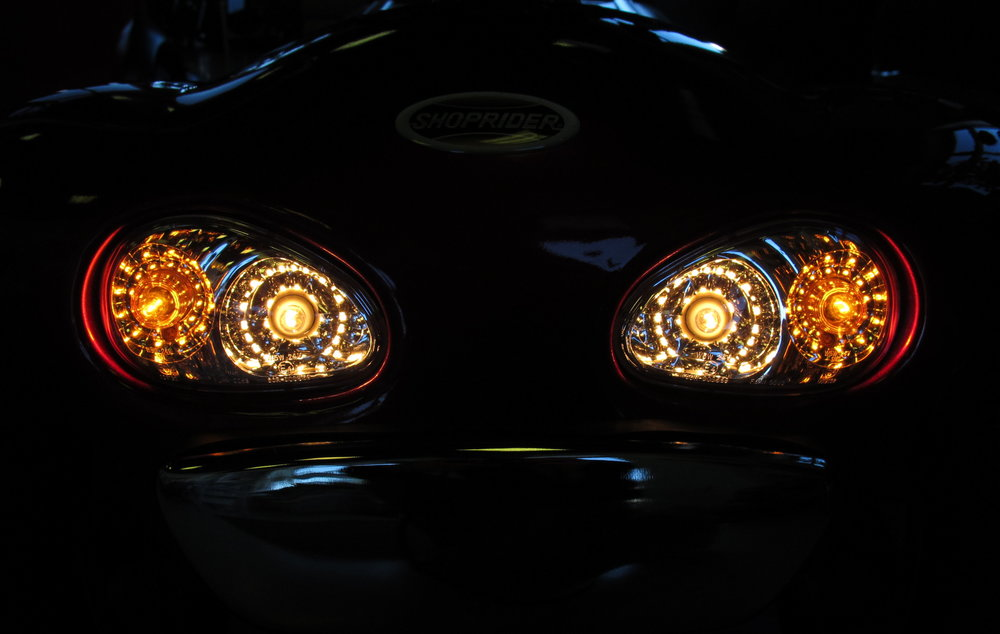 889headlight.JPG